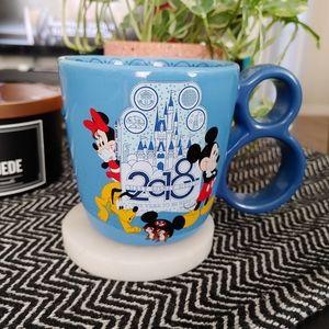 DISNEY   2018 Disney World Mickey & Minnie Mug